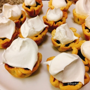 omgs-dfw-food-tartlet-shells-with-whipped-cream